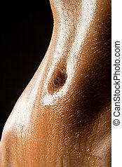 Šťavý, mokrý břicho