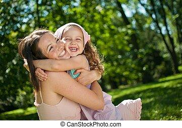 Štěstí - matka s dítětem