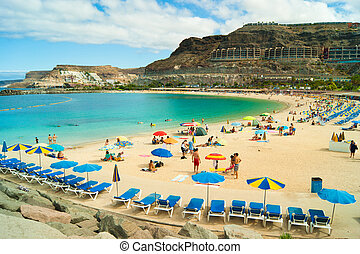 Amadoresská pláž, babička Canaria