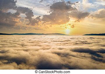 anténa, mračno, zbabělý, horizon., názor, daleký, hory, nad, západ slunce, nafouklý, neposkvrněný