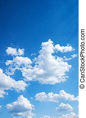 Barevná modrá obloha