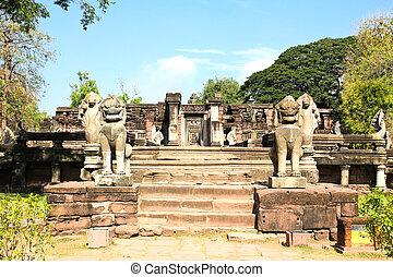 doletět, khmer, realm., stavěný, severní, prasat, hin, doba, příznakový, nakhon, ratchasima, dějinný, thailand., phimai, během, věž, provincie, angkor, názor