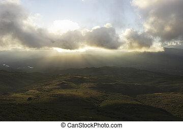 hory, západ slunce