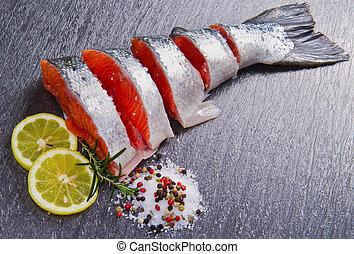 Křest čerstvého lososa