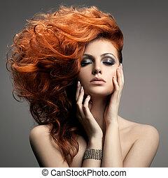 Krásný portrét. Vlasy