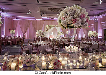 Krásně vymalovaná svatební místnost