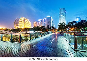 krajina., hangzhou, čína, mrakodrapy, večer
