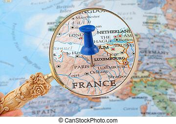 lehce sešít, mapa, paříž