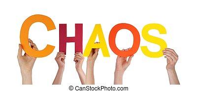 Lidé drží chaos