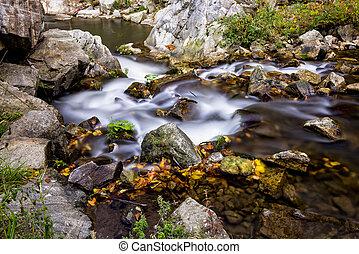 malý, hora, čistý, vodopád, řeka