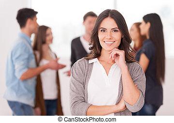 manželka, skupina, majetek, komunikovatelný, národ, mládě, rukopis, sebejistý, čas, brada, ona, grafické pozadí, mužstvo, leader., usmívaní