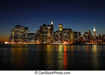 Manhattanská obloha v noci