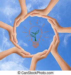 Multiracionální lidské ruce tvoří kruh s kopírováním vesmíru