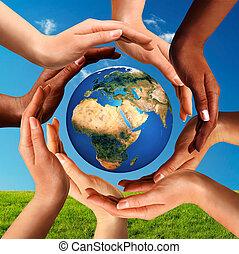Multiracionální ruce po celém světě
