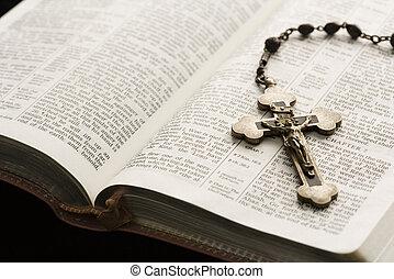 Náboženství stále žije.