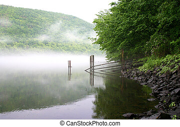 nad, řeka, mlha