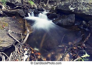 nad, dlouho, vodopád, seřazení za sebou, balvan, malý, krajina, odhalení