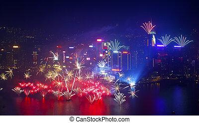 Nový rok, ohňostroj v Hong Kongu