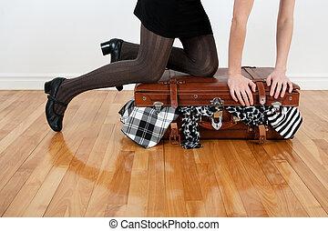 overfilled, obal, manželka, kufr