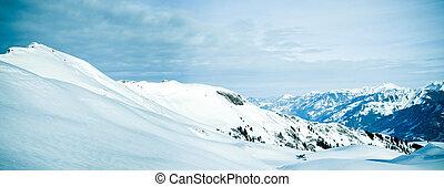 Panorama z hor. Zima v mokřinách.
