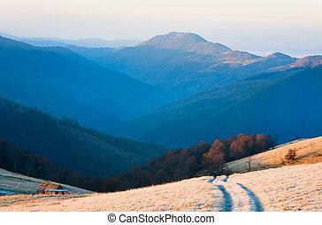 podzim, hora, ohledat., východ slunce, cesta