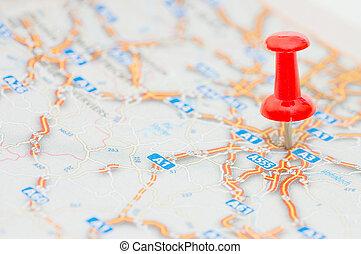 Red pushpin označuje pozici