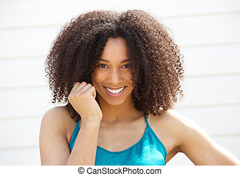 Roztomilá mladá černoška