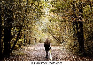 Smutná žena, co šla sama do lesa