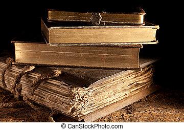Starověké knihy