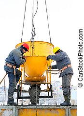 Stavební dělníky na staveništi