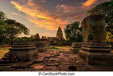 stavení., krajina, nakhon, starobylý, ratchasima, phimai, chrám, západ slunce, khmer, pohybovat se, sky., dějinný, destinations., sad, thailand., poloha, architecture., mezník, klasický, historický, ancient.