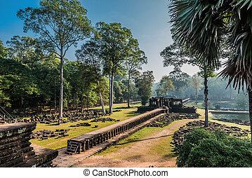 thom, baphuon, chrám, angkor, kambodža