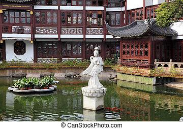 Tradická čínská architektura v yuyuanské zahradě, shanghai