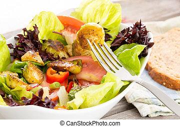 Užívám si zdravé vegetariánské jídlo