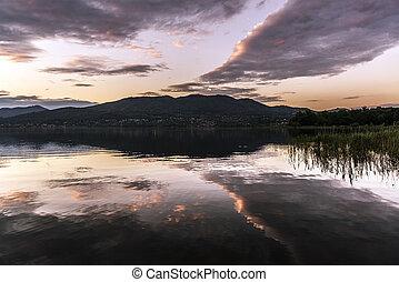 varese, západ slunce, jezero, krajina