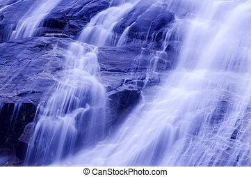 Vodní vodopády.