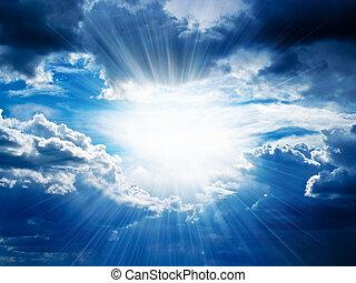 Záři slunce prorazí mraky