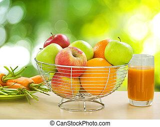 Zdravé jídlo. Organické ovoce a zelenina