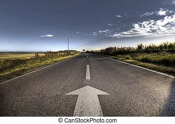 Země asfaltová cesta v silných světlicích