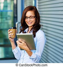 zrnková káva, manželka, ji, tablet-pc, pití, výklad